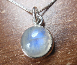 Very Small Blue Moonstone 925 Sterling Silver Necklace Corona Sun Jewelry - $14.84