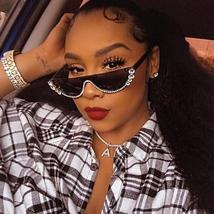 2021 Crystal  trendy half frame rimless cat eye sunglasses Sun glasses Womens su