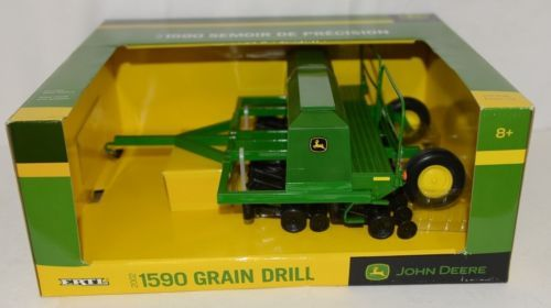 John Deere TBE45430 Die Cast Metal Replica 2002 1590 Grain Drill