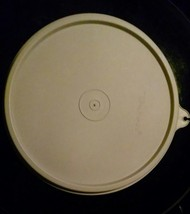 """1 Tupperware replacement lid seal with C tab Beige 6"""" 227-60 Nice - $4.89"""