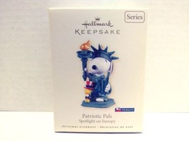 2008 Hallmark Keepsake Patriotic Pals Spotlight On Snoopy Christmas Orna... - $19.99