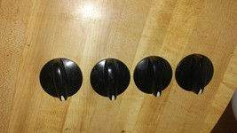 4 Whirlpool Range/Stove/Oven Control Knobs PART #  WP8522566 - $12.15