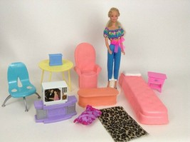 Barbie Doll Mattel Mixed Lot Furniture Bed Kitchen Table Wicker Set TV 2... - $30.64