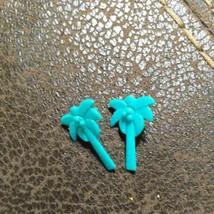 Vintage Barbie Doll Lot of Earrings 1 Pair Palm Tree earrings in green - $9.49