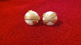 Vintage Napier signed white gold tone metal overlay screw back/clip on earrings - $11.99