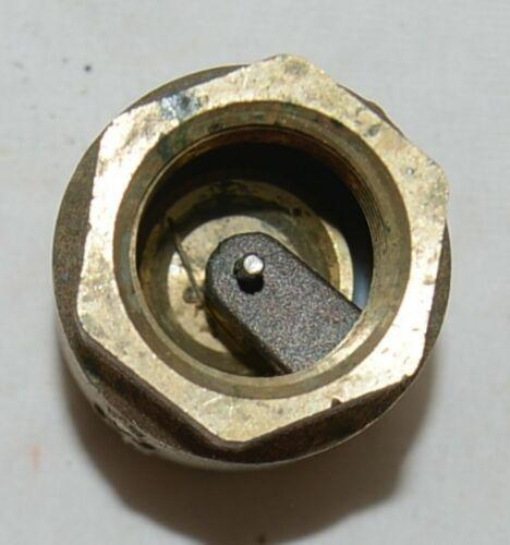 Watts Threaded LF600 Spring Check Valve NPT One Inch Brass 0555177