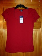 Chaps Womens Size Small Masai Red Stretch Scoop Neck Short Sleeve Shirt New  - $10.88