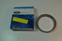 Ford NOS OEM Roller Bearing Unit Part# D8HZ-4222-C - $19.39