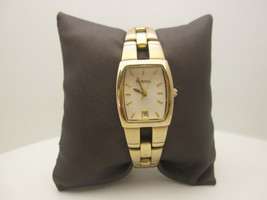 Women's Distressed Fossil F2 Water Resistant Analog Watch (A65) (ES-1103) - $21.73