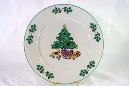 Gibson Holly Tree Dinner Plate #32061 - $4.84
