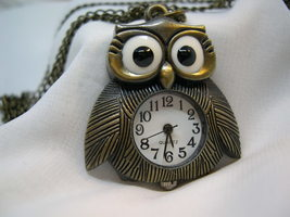"""L68, OWL, Ladies Watch, Bronze Body and Chain (28""""), 1.5"""" x 1.5"""", wb - $15.99"""