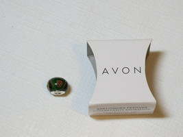 Ladies Womens Avon Charming Moments Festive Holiday Charm Green F3785371... - $10.67