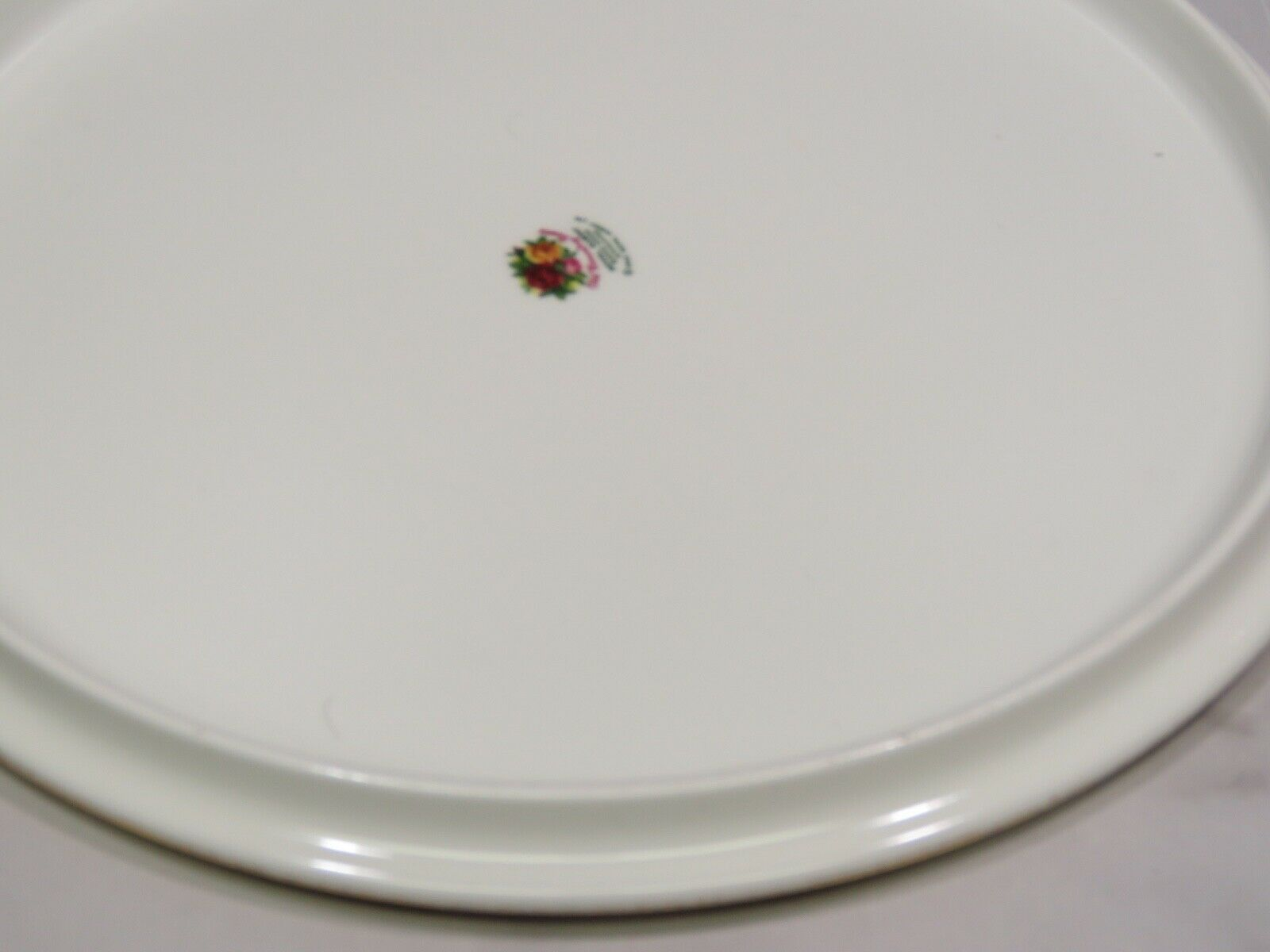 "Royal Albert Old Country Roses 11"" Round Cake Gateaux Platter Plate New in Box"