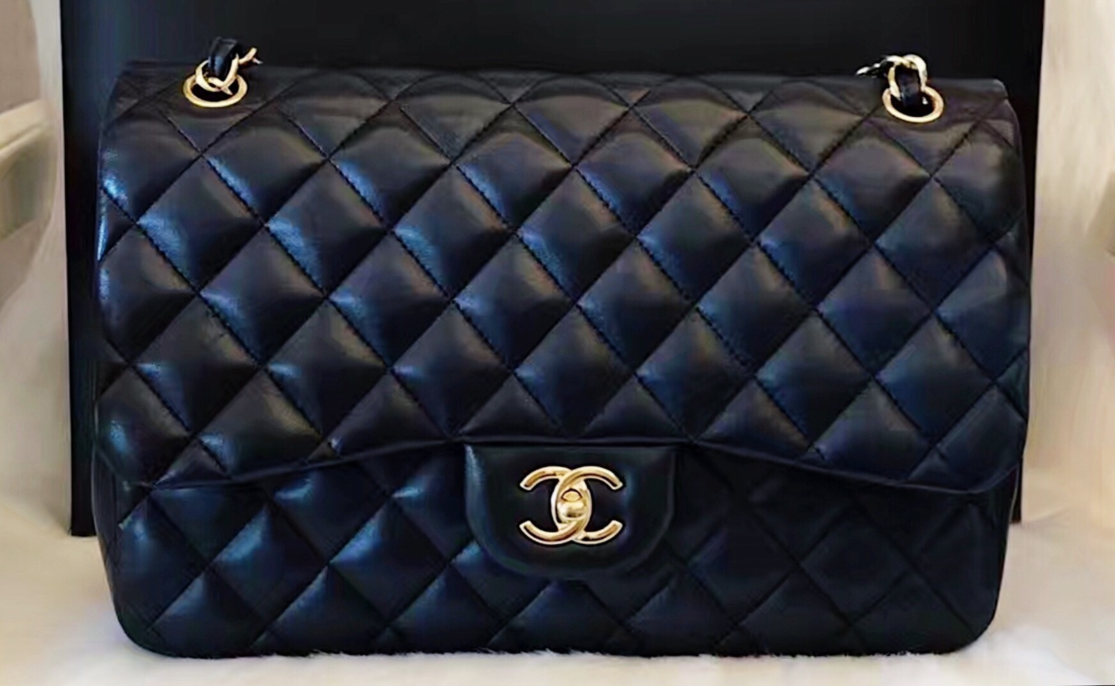 9f62e8d4db1213 100% Authentic Chanel 2015 Black Quilted Lambskin Jumbo Classic ...