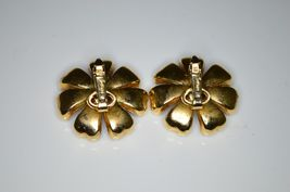 VTG Gold Tone RARE CROWN TRIFARI Red Clear Rhinestone Flower Clip Earrings image 3