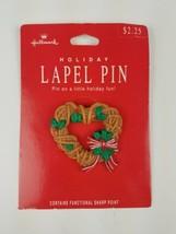 Hallmark Christmas Holiday Lapel Pin Heart Wreath Brown Tan Green - $9.65