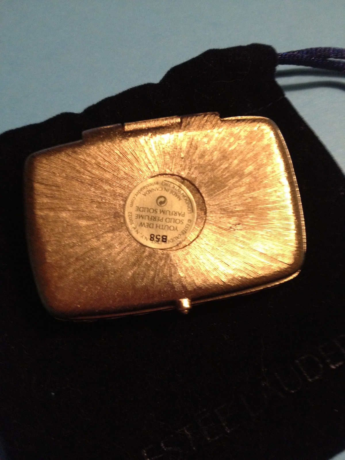 Estee Lauder GARDEN CAMEO 2008 Youth Dew Solid Perfume COMPACT - Blue and White