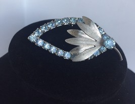 Vintage Silver Tone Leaf and Bud Motif Brooch / Pin - $3.95