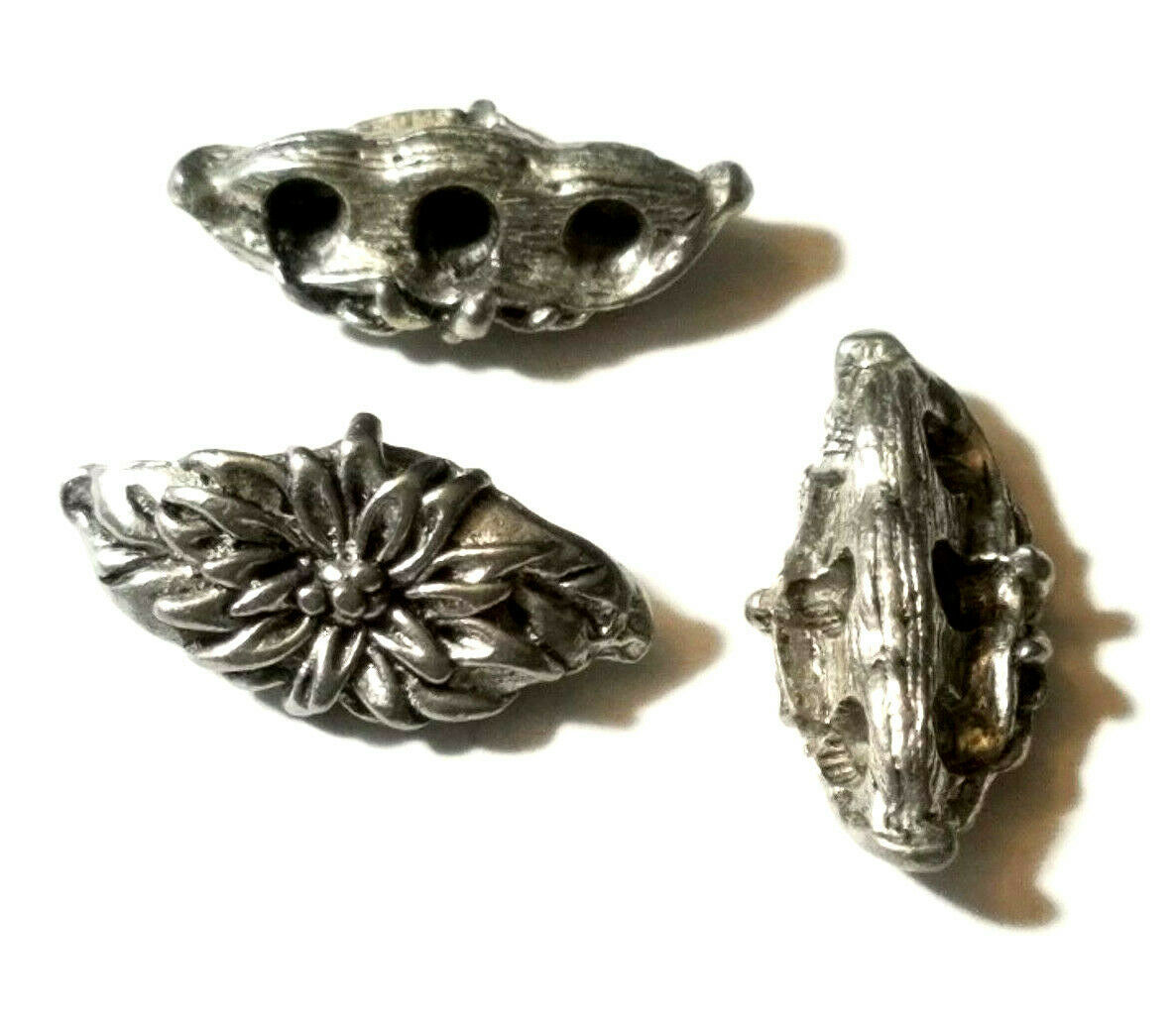 FLOWER AND LEAVES WIDE TOP 3 HOLE FINE PEWTER SPACER BAR