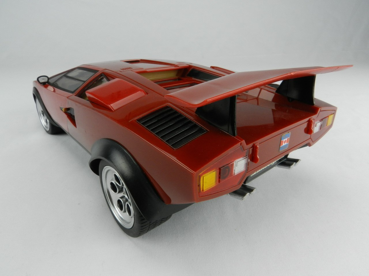 Kingco 1:14 Lamborghini Wolf Countach LP500S Radio Control CAR Red