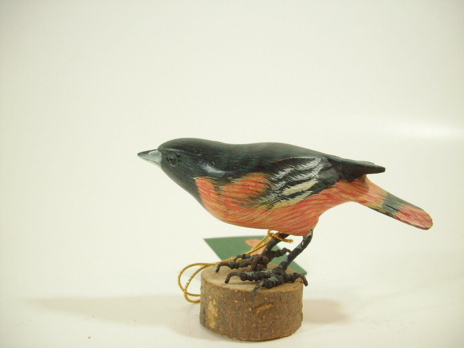 Northern Oriole Hand Carved Painted Bird Figurine Figure Carving Vintage Estate