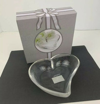 Celebrations by Mikasa Heart Shaped Plate, Glass, Favor, Gift Valentine - $9.68