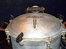 C 21 National Pressure Cooker  AA19-1522 Antique image 9