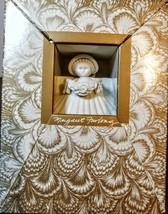 "MARGARET FURLONG Sea Shell Angel Flower Garland 3"" 1995 Christmas Ornament - $21.78"