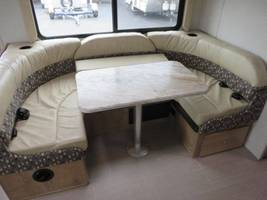 2019 COACHMEN LEPRECHAUN 311FS For Sale In Cincinnati, OH 45247 image 7