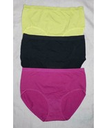 Fruit of the Loom Women's Breathable Panties Brief Seamless 3 Pack size 7 - $12.86