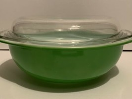 Vintage Pyrex Kelly Green 024 2 Qt Round Casserole With Lid  - $29.69