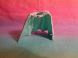 "Polly Pocket Disney Princess Rubber Green Glitter Cape for 3 1/2"" Dolls  - $1.26"