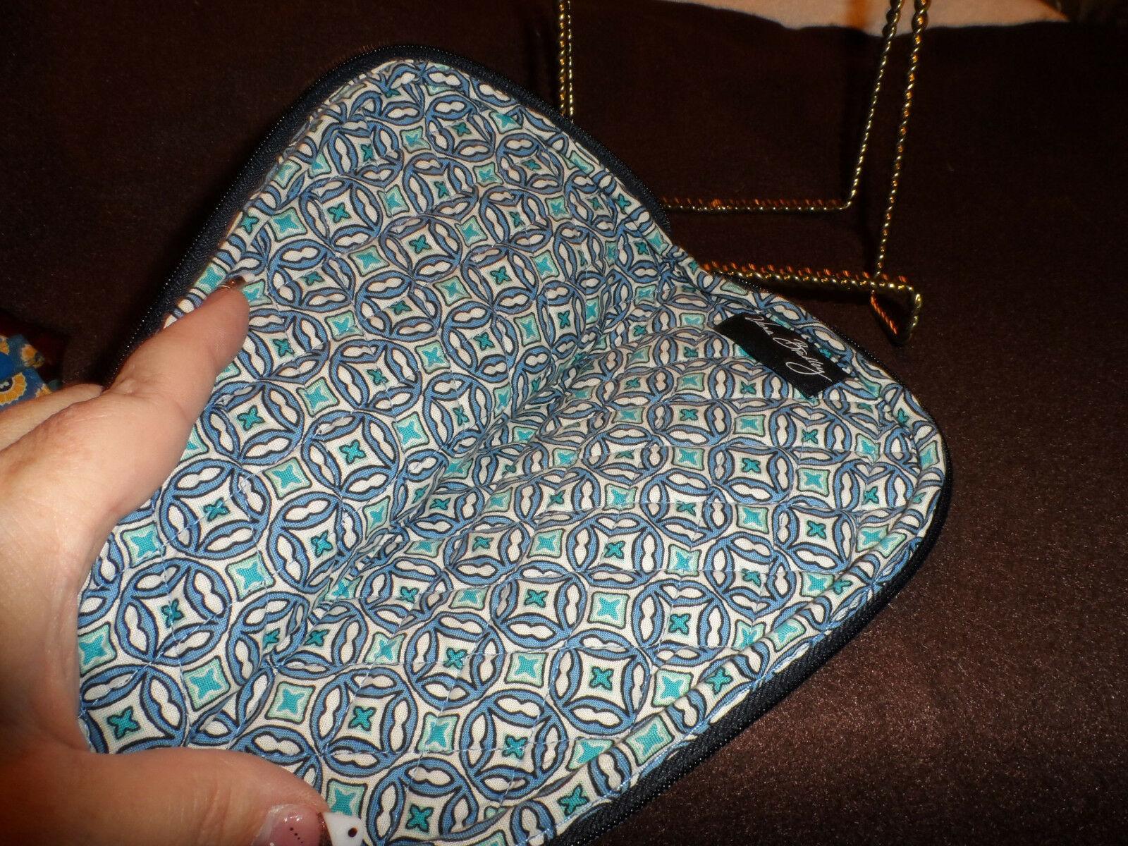 Vera Bradley slipper, lingerie or travel bag in Mod Floral blue