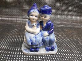 Old Vtg Delftware Hand-Painted Blue Figurine COURTSHIP GIRL & BOY Kitten... - $19.79