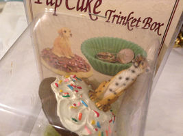 Cupcake gift box with choice of Exotic or Safari African animal  on lid image 11