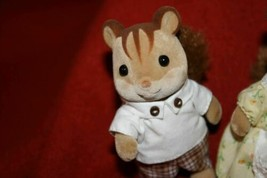 Sylvanian Families WALNUT SQUIRREL Father/Mother/ Brother Epoch Calico Critters  - $15.81