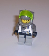 Used LEGO Explorien Minifig With Breathing Apparatus Astronaut Spacemen Space - $6.95