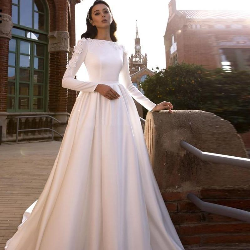 In wedding dresses lace appliques bride gown long sleeve muslim wedding gown country court train