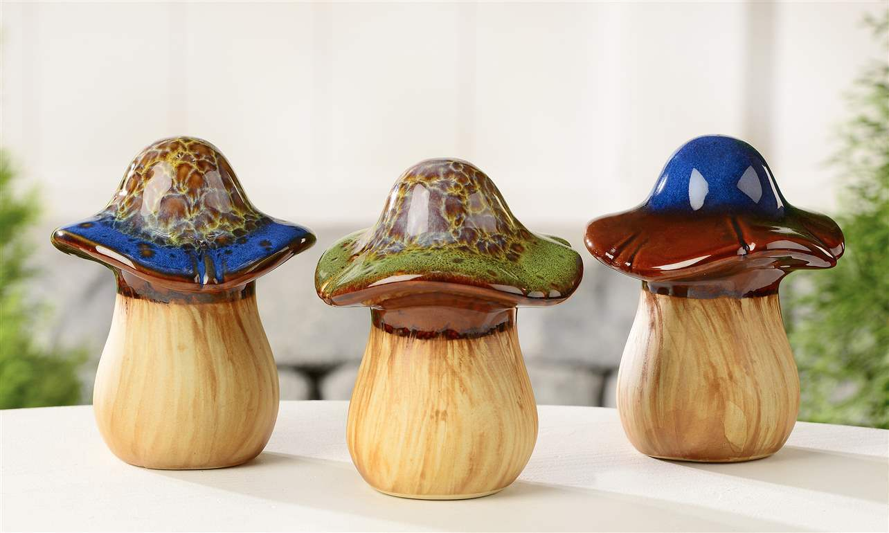 Set of 3 Ceramic Mushroom Toadstool Garden Decor Figurines Statues  NEW