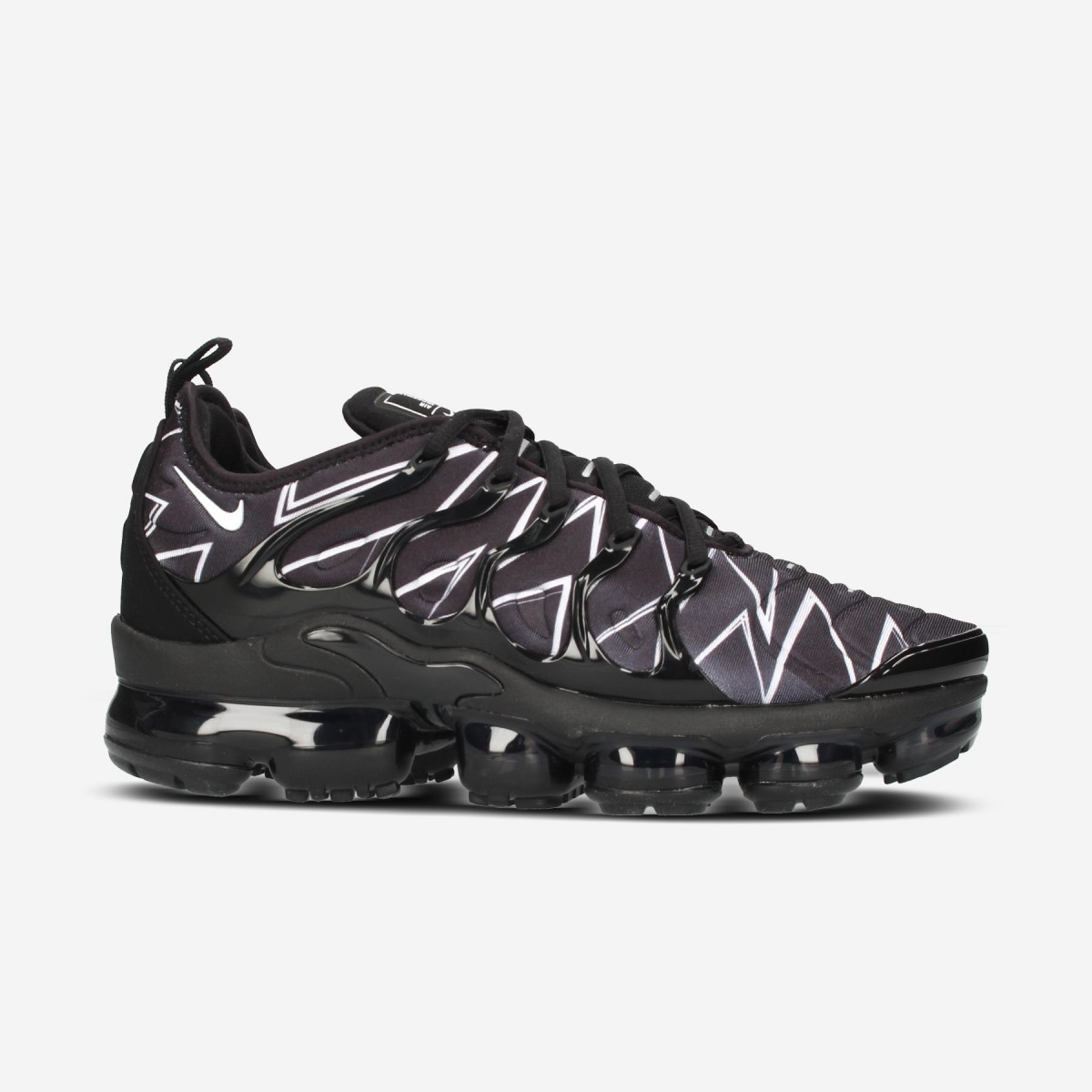 2e17b4ba3a43e ... usa nike air vapormax plus hl qs black white zig zag men 2d14f 42bdf