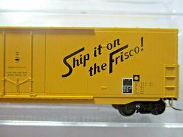 Micro-Trains # 18100180 Frisco 50' Standard Box Car 8' Plug Door N-Scale image 3