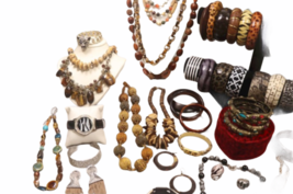 Large Safari Jungle Inspired Jewelry 10lb Lot Necklace Bracelet Earrings Clutch image 6