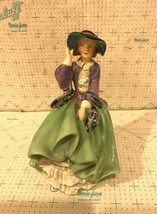 Royal Doulton Porcelain Figurine HN1833 Top O' The Hill - $39.95