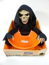 2007 Magic Power Animated Halloween Skeleton Candy Bowl Eyes LightUp Tal... - €30,64 EUR