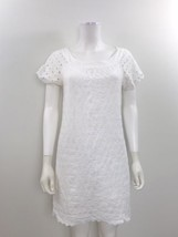 Old Navy Women's Size XS Short Sleeve White Embroidered Knee Length Dress - $183,69 MXN