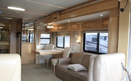 2006 Newmar Mountain Aire 4304 For Sale In Fairport, NY 14450 image 7