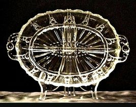 Vintage heavy etched glass Oval Relish Tray designs 2 partitions AA19-LD11925 image 6