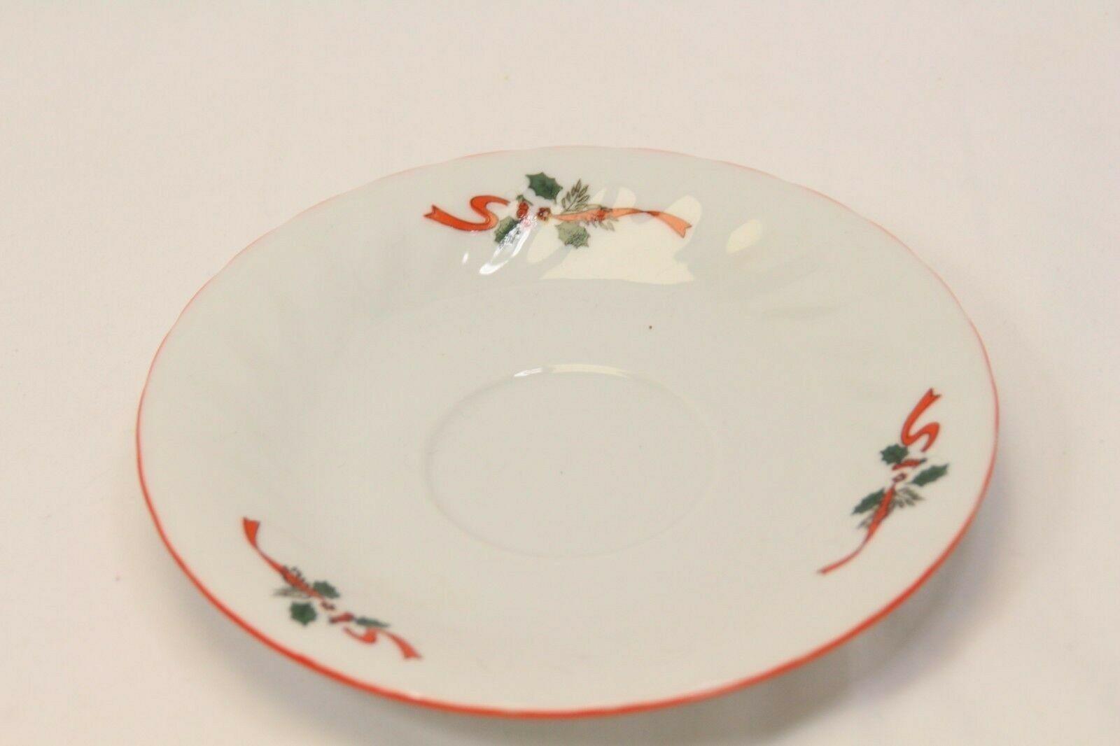 Kopin Xmas Pleasure Dinner Plates Scalloped Rim Lot of 16 image 10