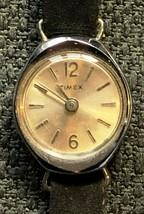 Vintage Timex Shockproof Watch - Functional - $4.61