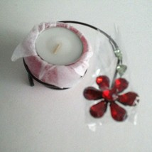 """Avon Classic Gift Collection De Cadeaux Candleholder w/Candle Red NEW 4""""... - $8.67"""